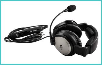 student-pilot-headset