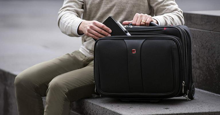best-rolling-laptop-bags